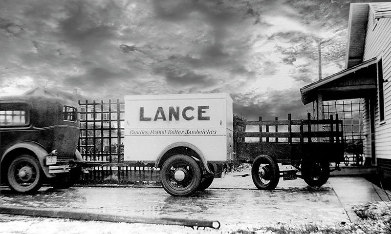 Early Lance Packing Company Trailer