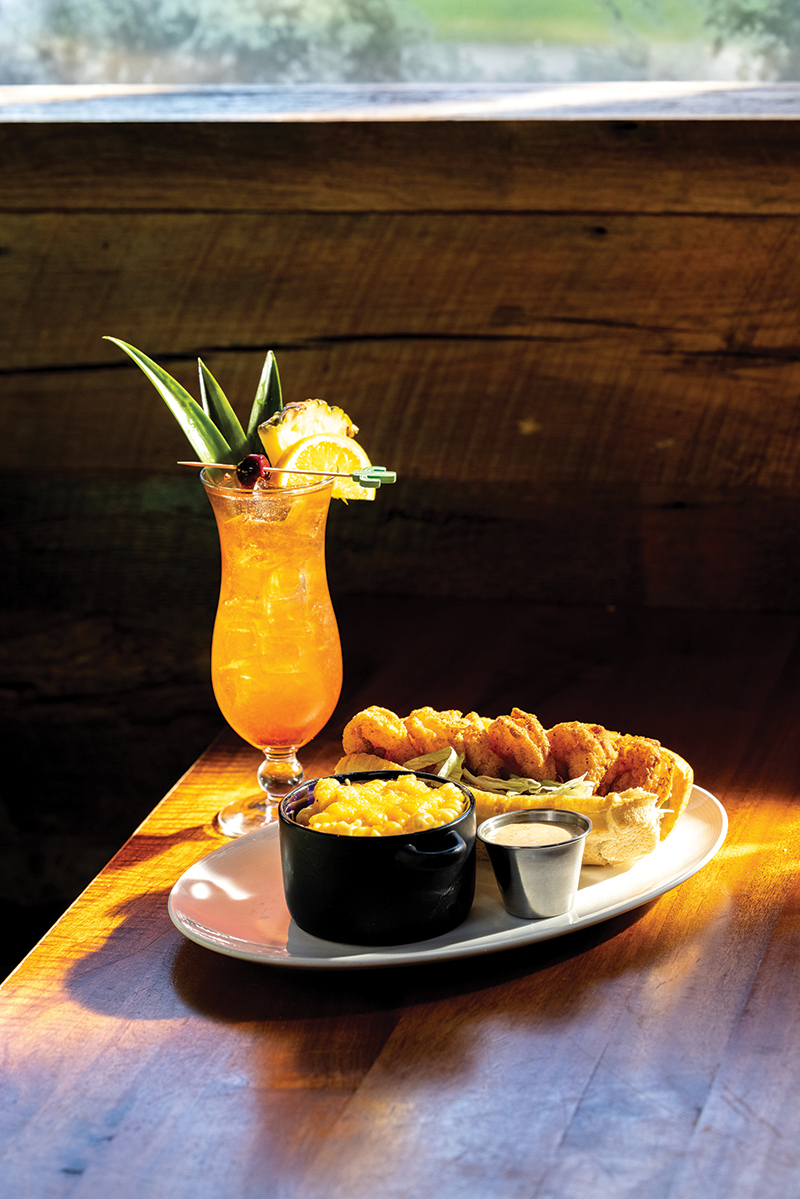 Charlotte, Nc December 11th 2020 Southern Pecan Restaurant. Roasted Corn Cakes Lousiana Bbq Shrimp W Toasty Bread Po' Boy With Fried Shrimp, Chicken And Dumplings Southern Pecan Shrimp Boil Catfish Nuggets With Your Choice Of A Side And Sauce Des